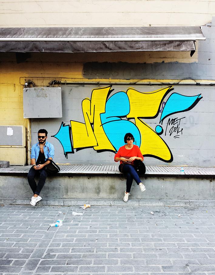 met_graffiti_grafiti_istanbul_turkiye_turk_grafitici_graffitici_meturkmen_karakoy_karakoy_throwup_illegal
